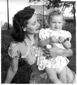 Betty and mama, 1944